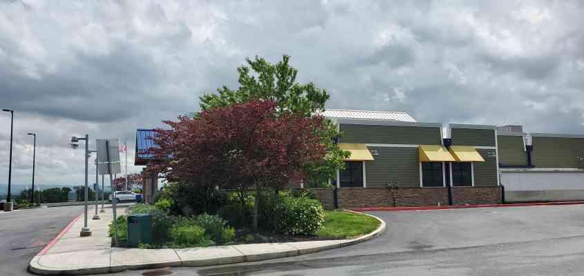 203 Blue Mountain Plaza, Newburg, PA 17240, USA