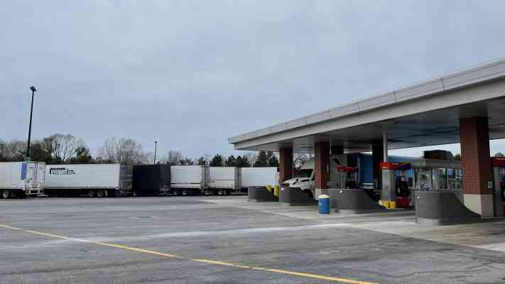 46401 Ohio Turnpike Plaza Mile Post 140, Amherst, OH 44001, USA